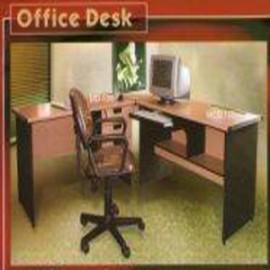 *Meja kantor Daiko 9*